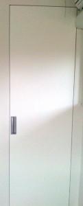 Vrata_s_skritimi_podboj-magnet NZ